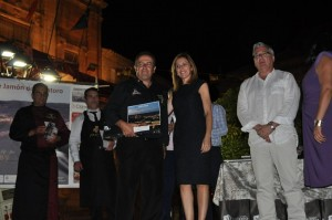 Entrega de premios, junto a la alcaldesa de Montoro